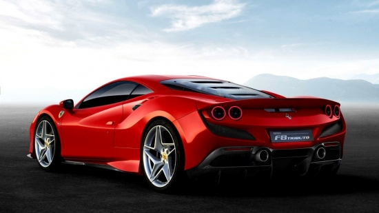The NEW FERRARI F8 TRIBUTO HAS 710 HP AND THE most POWERFUL V8